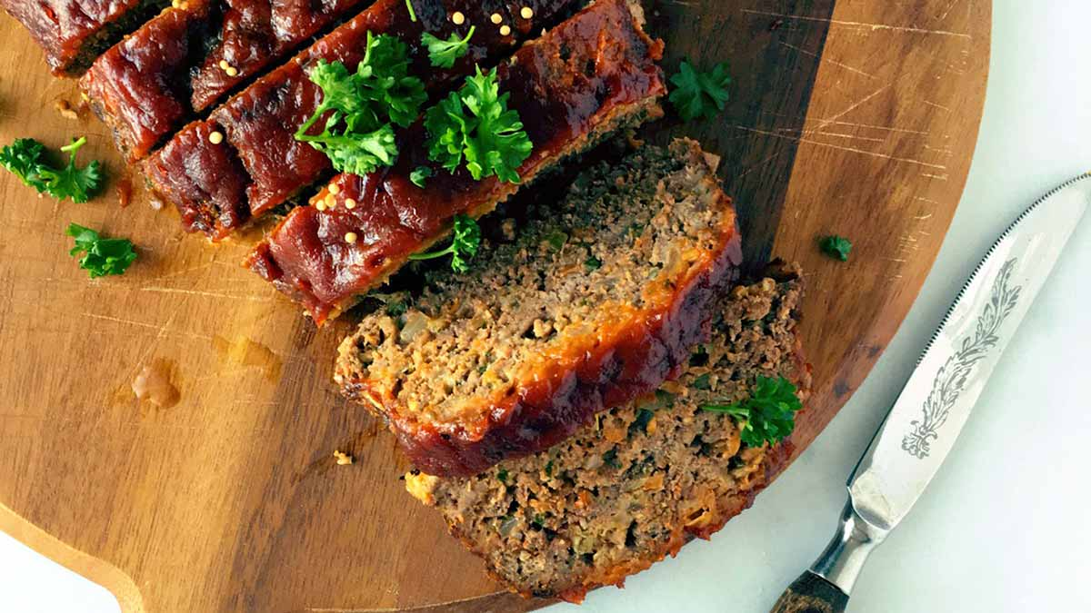 zesty-tomato-glazed-meatloaf