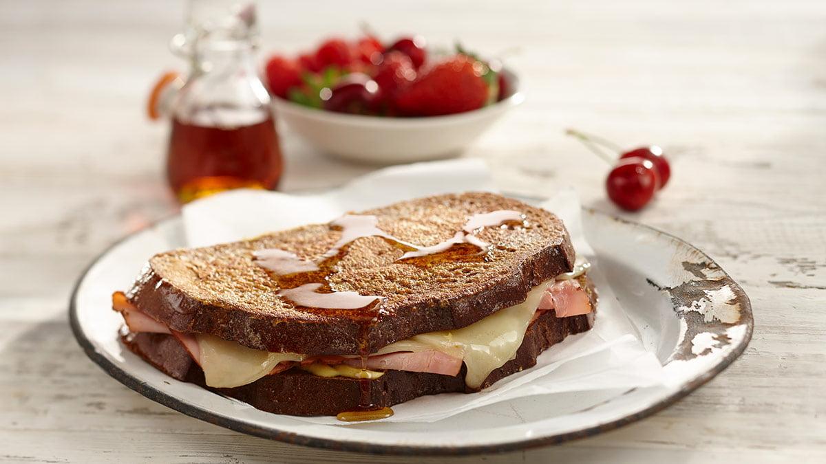 monte-cristo-brunch-sandwich