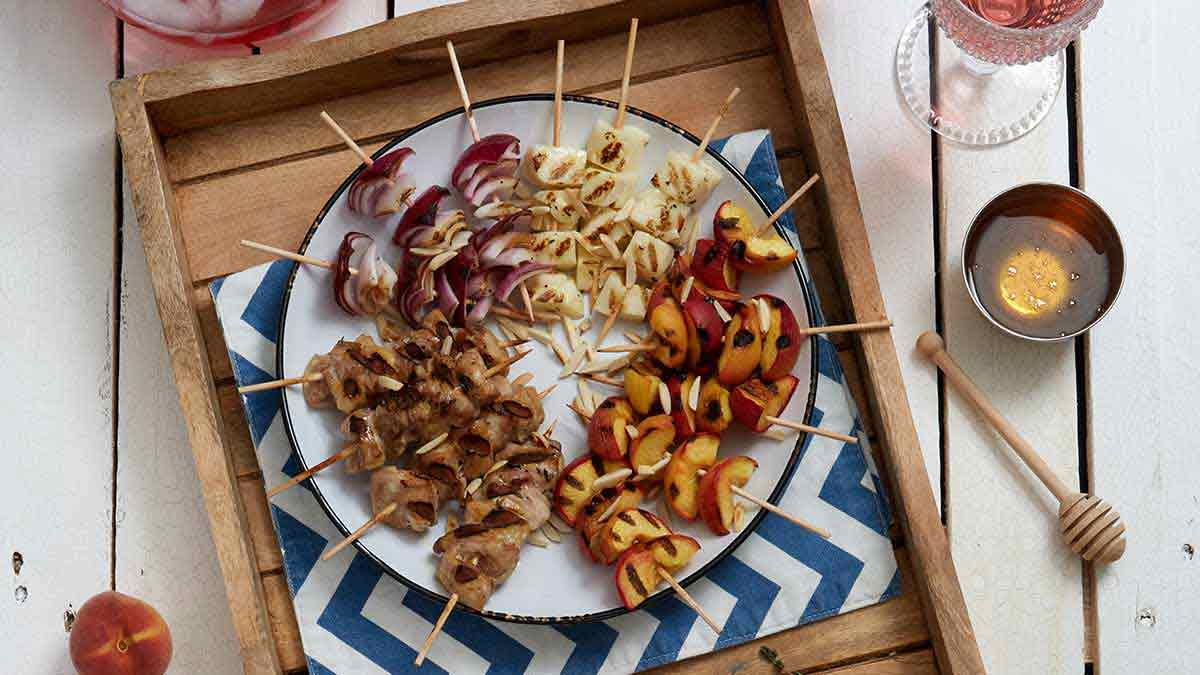 Honey-Thyme-Chicken-Halloumi-Cheese-Peach-Kabobs