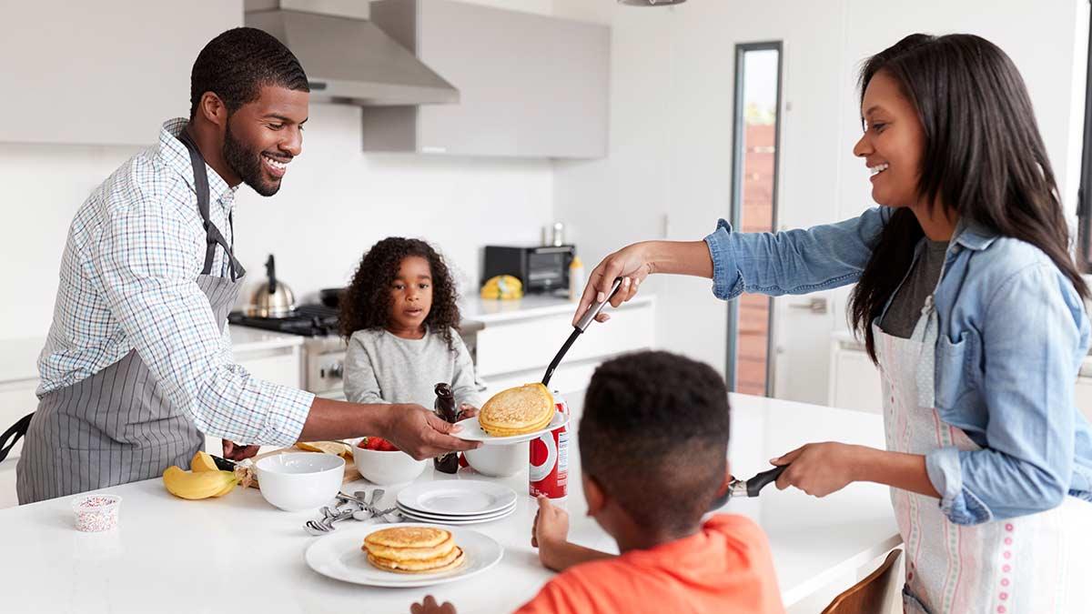 family-making-pancakes