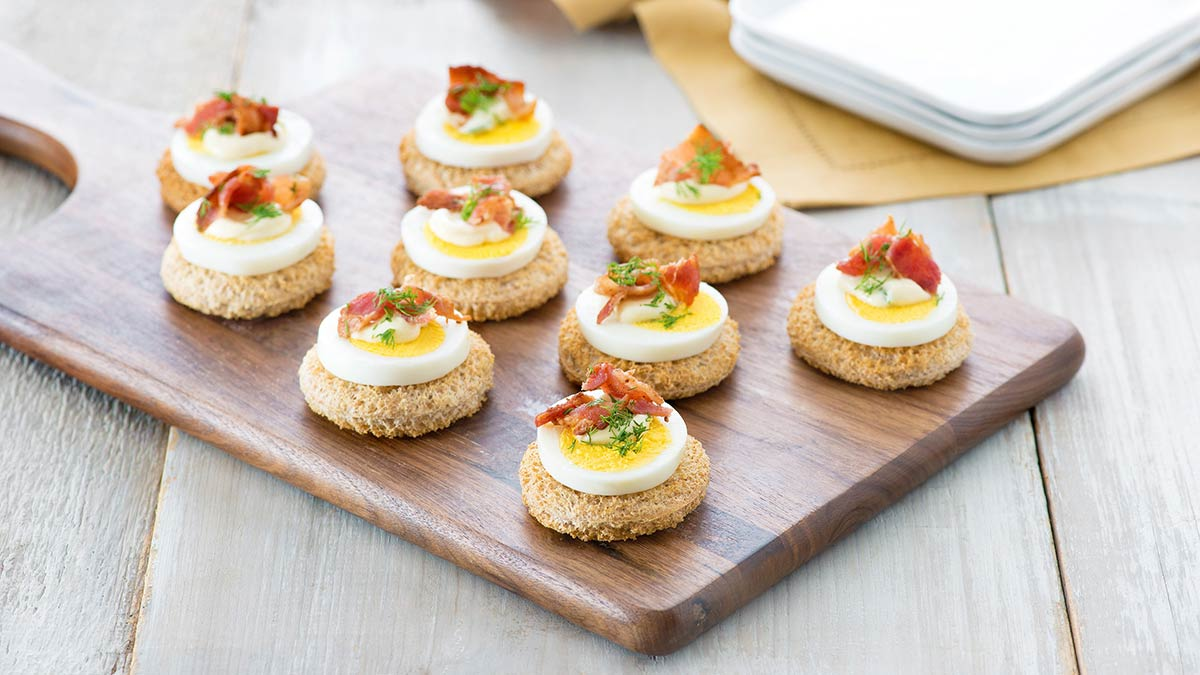 egg-and-bacon-canapes