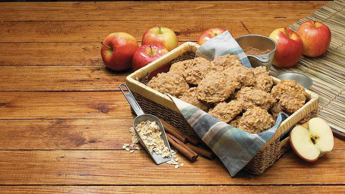 soft-apple-cinnamon-cookies