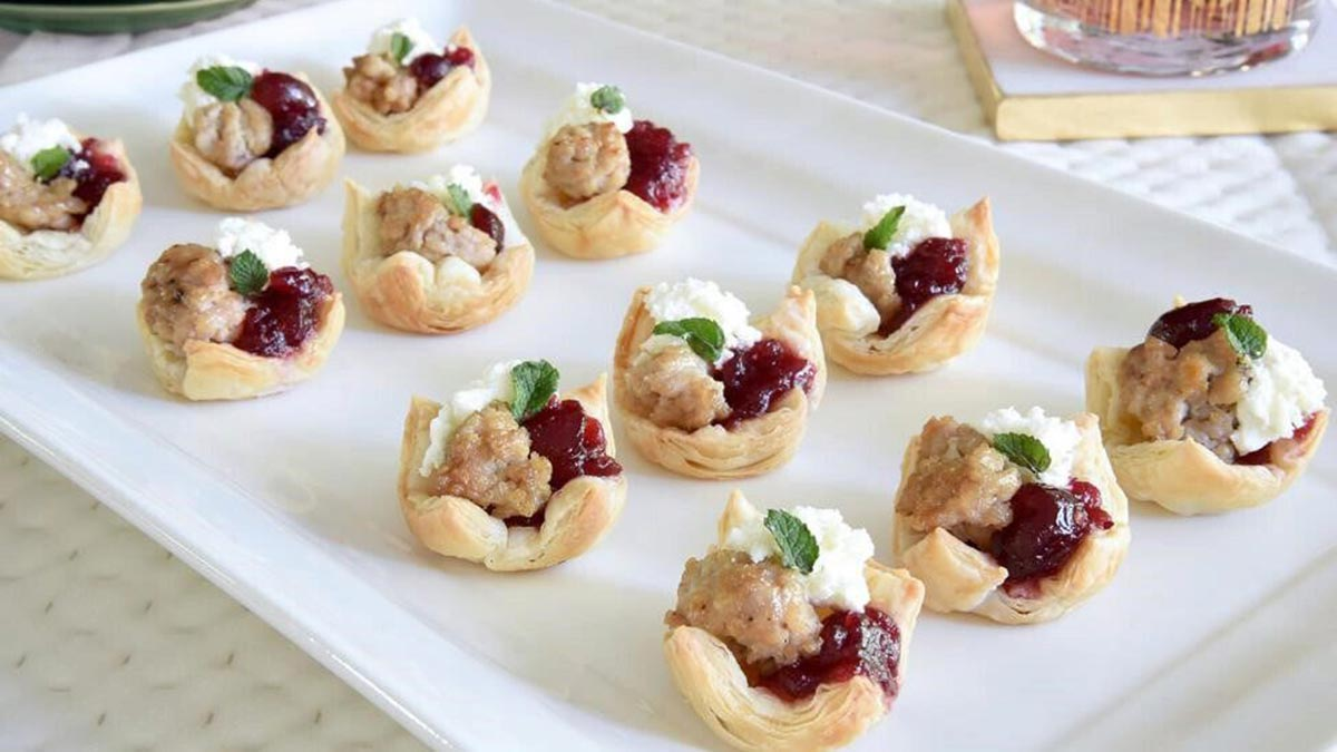 turkey-cranberry-and-goat-cheese-party-bites