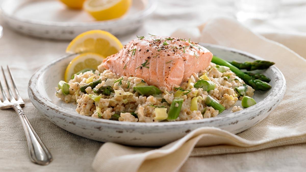 scottish-oat-leek-pilaf-salmon