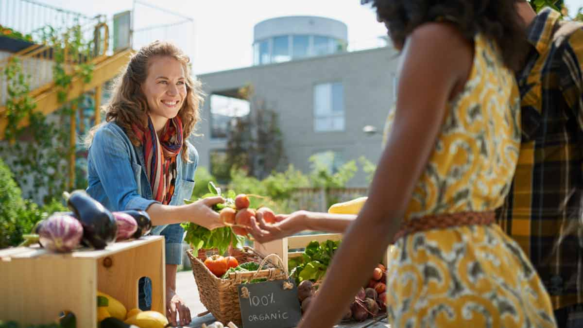 organic-market-stand