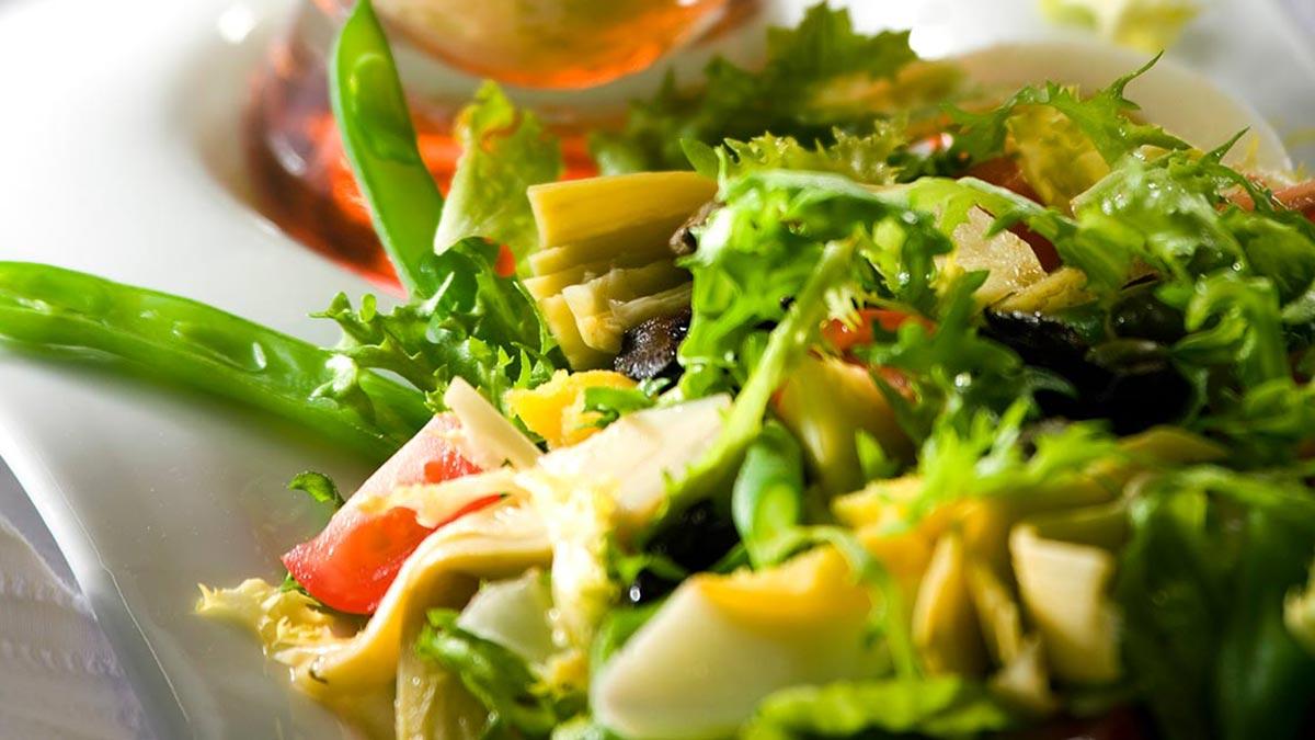 Vegetarian-Nicoise-Salad