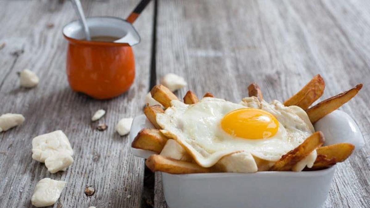 egg-poutine