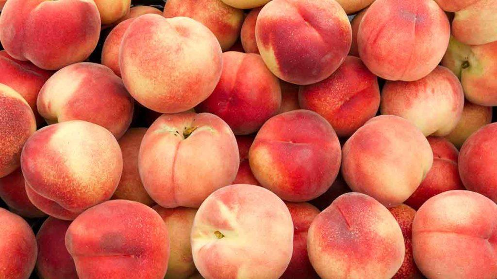 white-peaches