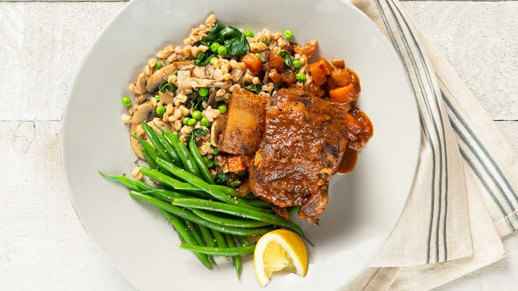 Tuscan-Short-Ribs-With-Farro-Pilaf