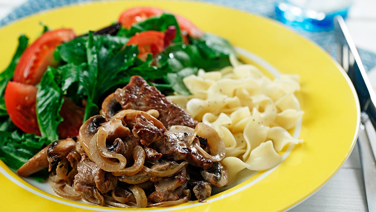 creamy-beef-mushrooms-and-noodles